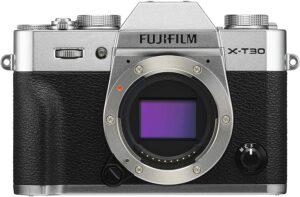 FUJIFILM XT30 Filamti 4K 30p e WiFi per controllo remoto e trasferimento immagini a smarphone e tablet