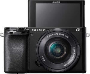 Sony Alpha a6100 DEALER PER: chi vuole un'ottica compatta per tutti i giorni e vloggers.