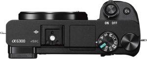 Fotocamera digitale Mirrorless Sony con sensore APS-C CMOR Exmor 24.2 megapixel