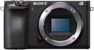 Fotocamera Digitale Mirrorless Compatta con Obiettivo Intercambiabile