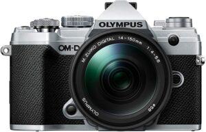 Olympus OMD E-M5 Mark III Il monitor LCD orientabile si adatta perfettamente alle tue esigenze