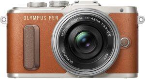 Olympus PEN PL8 Art Filter impostabili tramite touchscreen in modalità Live View, modalità automatica Selfie