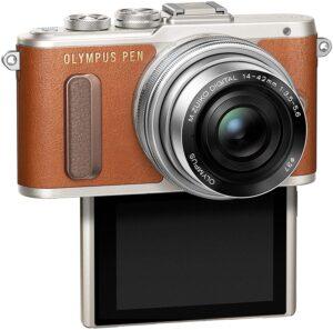 Gamma Olympus PEN Art Filter impostabili tramite touchscreen in modalità Live View, modalità automatica Selfie