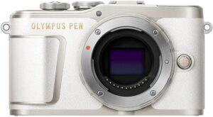 """Olympus PEN PL9 Megapixel: 16,1 MP. Dimensioni del sensore di immagine: 4/3"""". Tipo di sensore: Live MOS."""